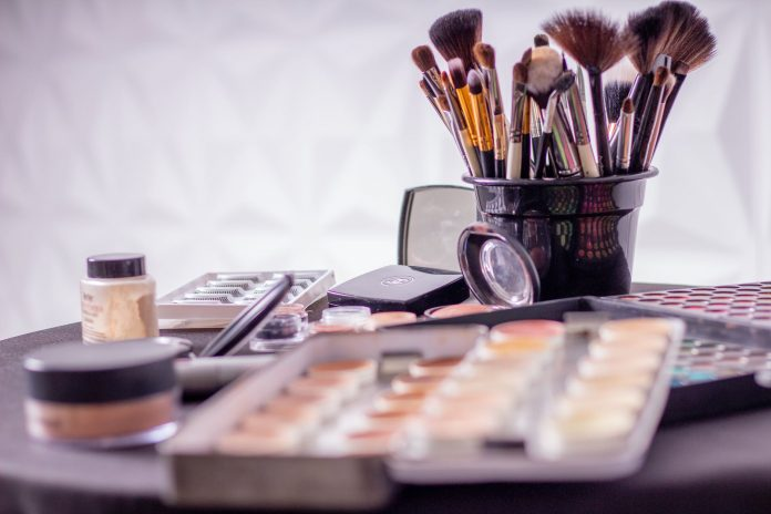 How To Declutter Your Makeup And Toiletries