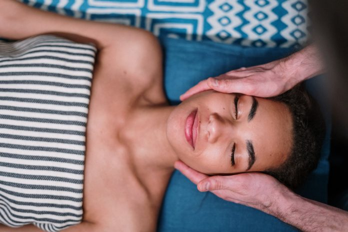 Massage Guns Vibration vs. Percussion