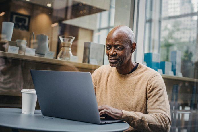 Working As A Freelancer vs Employee