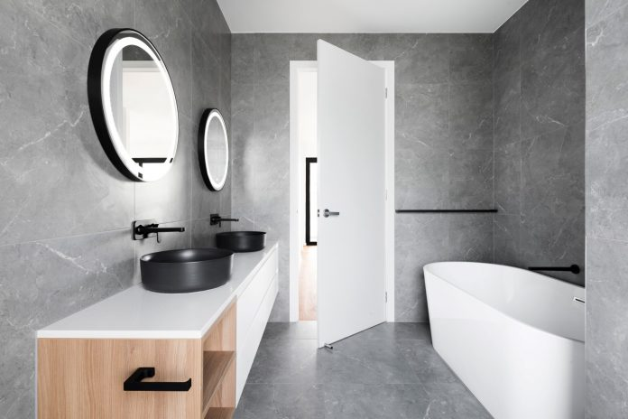 6 Clever Ways to Make Any Bathroom Look Bigger